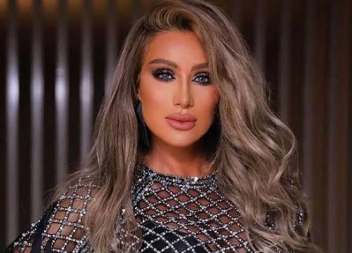 """مايا دياب تطرح فيديو كليب جديد بعنوان """"ربع ساعة"""""""