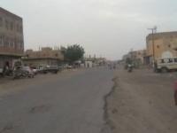 قذائف الحوثي تطال منازل المواطنين بحيس