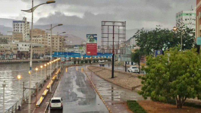 الأرصاد: أمطار متوسطة على حضرموت وسواحلها الليلة