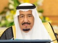 العاهل السعودي يناقش مع الأمين العام لمجلس التعاون الخليجي سبل تعزيز التعاون