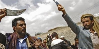 مليشيا الحوثي تنصب مدافعها بجوار المساجد شمال الضالع