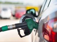 إيران تشهد انخفاض استهلاك البنزين 22% بعد رفع الأسعار