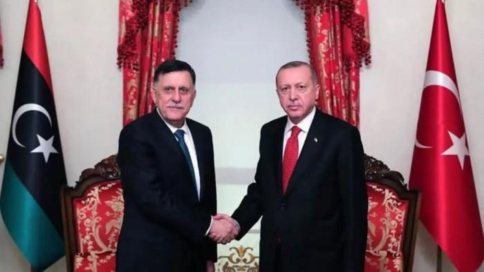 """الاتحاد الأوروبى يبحث خيارات الرد على اتفاق """"أنقرة"""" مع حكومة """"السراج"""""""