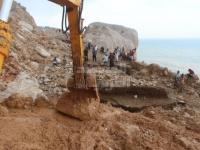 """في جولة ميدانية.. """"المشهد العربي"""" يرصد جهود فتح طريق حيبق بسقطرى (صور)"""
