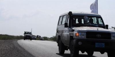 التحالف العربي يؤمن قافلة مساعدات للمحاصرين في الدريهمي (فيديو)