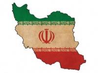 سياسي سعودي: إيران أصبحت في ورطة حقيقية