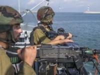 زوارق الاحتلال الاسرائيلي تطلق النار على مراكب صيادين فلسطينيين