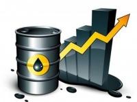 """معوضآ بعض الخسائر.. النفط ينتعش إثر توقع """"أوبك"""" عجزا في الإمدادات"""