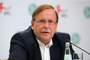 الألماني كوخ يتنازل عن الترشح لمجلس الفيفا احتراما لمنافسه الفرنسي