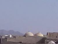 بالأسلحة الثقيلة والمتوسطة.. مليشيا الحوثي تواصل خروقاتها في حيس