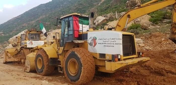 خليفة الإنسانية تنهي أعمال فتح طريق حيبق بسقطرى