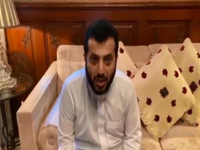 بعد رحلة علاجه.. تركي آل الشيخ يعلن عن عودته للسعودية (فيديو)