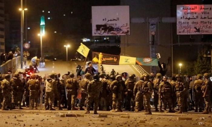 محيط البرلمان اللبناني يشهد عمليات كر وفر وسقوط جرحى من الجيش والمتظاهرين