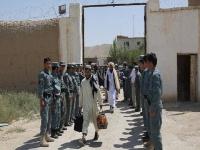 أفغانستان تدرس تطبيق نظام تخفيض عقوبة السجناء عن طريق القراءة