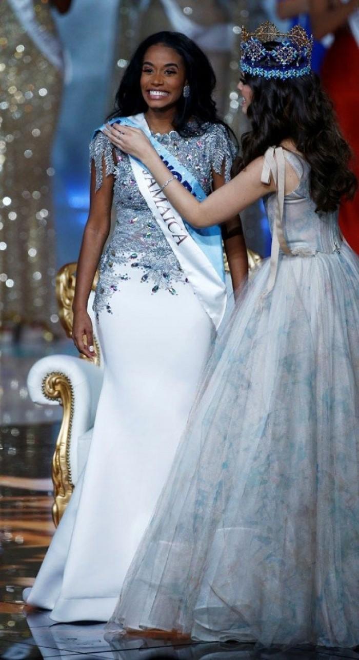 الجامايكية توني آن-سينغ تفوز بلقب ملكة جمال العالم