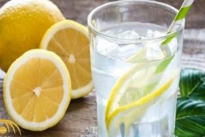 دراسة طبية تكشف فوائد مشروب ماء الليمون على الإنسان