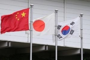 كوريا الجنوبية واليابان والصين يعملون لمنع تفشي الأمراض المعدية عبر الحدود