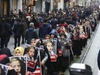 مسيرات نسائية ضخمة في تركيا تنديدًا بالعنف ضد المرأة