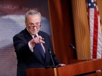 زعيم الديمقراطيين بالشيوخ الأمريكي يطلب استدعاء مولفاني وبولتون