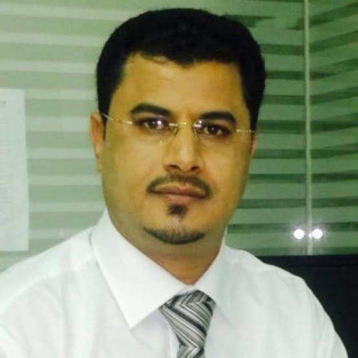بن لغبر: لا فرق بين الحوثي والإخوان