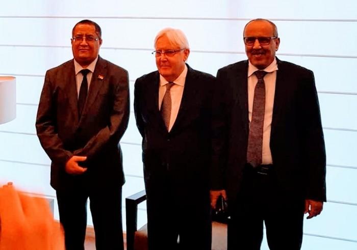 """الخبجي لـ """"غريفيث"""" : المجلس الانتقالي حريص على تنفيذ اتفاق الرياض"""