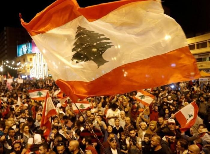 رفضًا للفتن الطائفية والمذهبية.. احتجاجات عارمة بطرابلس اللبنانية