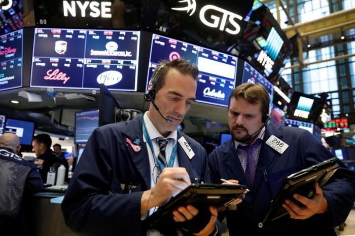 الأسهم الأمريكية تواصل الإغلاق عند مستويات تاريخية جديدة