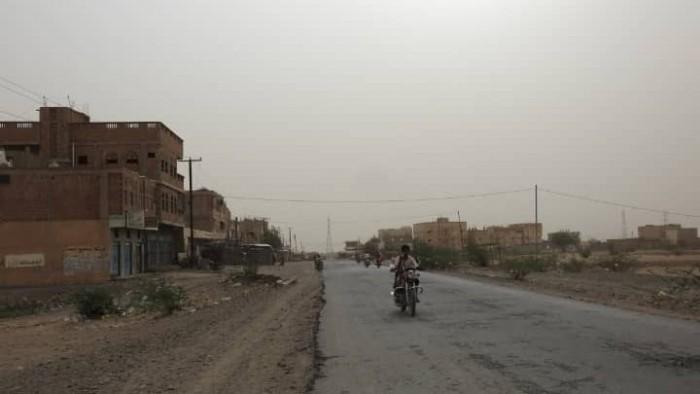 مليشيا الحوثي تقصف الأسواق الشعبية في حيس