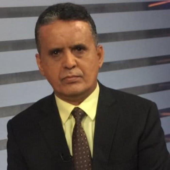 النسي يوجه انتقادا لاذعا إلى وزير الخارجية اليمني