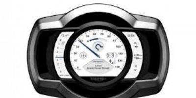 تريومف البريطانية تعلن عن إمكانية دمج الهواتف بدراجاتها النارية