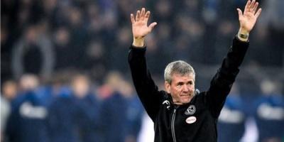 دوسلدورف الألماني يجدد عقد مدربه فونكل حتى 2021
