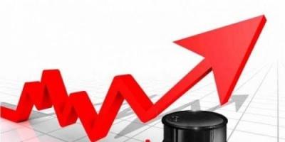 صعود النفط وسط تعاملات ضعيفة وانخفاض مخزونات الخام الأمريكية