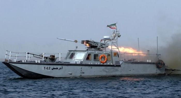 """ضباط الحرس في الحديدة.. هل تُجهِّز إيران لـ""""هجوم ملاحي"""" جديد؟"""