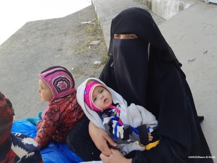مفوضية اللاجئين : توزيع ملابس على 500 شخص في صنعاء وعمران وذمار