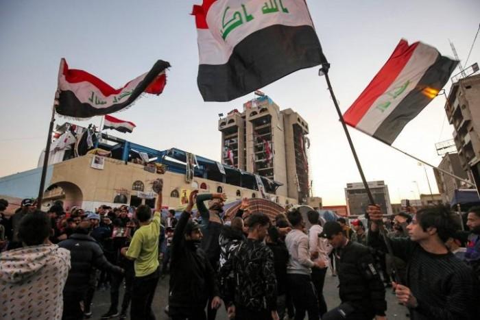 إصابة 5 متظاهرين عراقيين بهجوم لمجهولين بأسلحة بيضاء في كربلاء