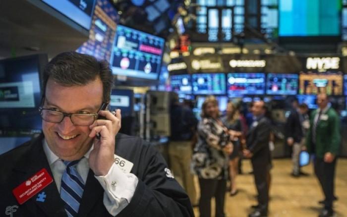 بعد عطلة الكريسماس.. الأسهم الأمريكية ترتفع إلى مستويات قياسية