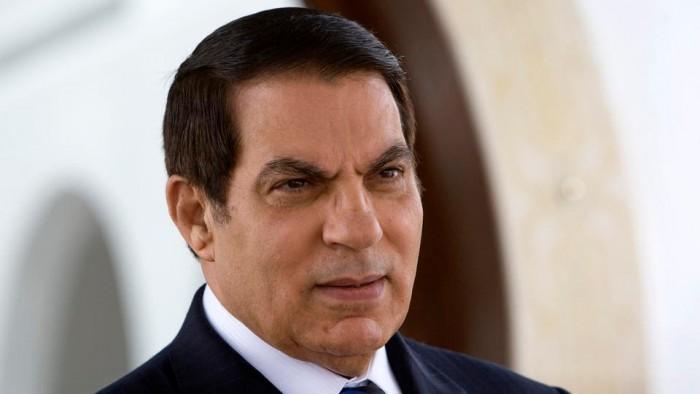 """لهذا السبب.. شهادة وفاة """"بن علي"""" تُحرج السلطات القضائية التونسية"""