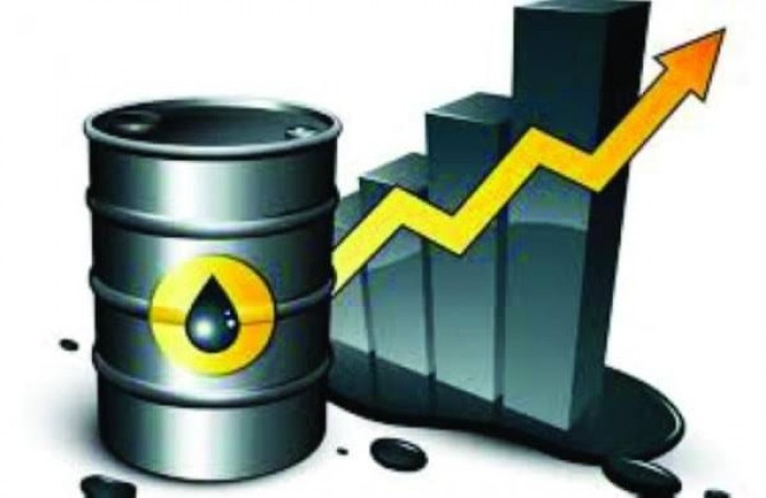 بدعم اتفاق التجارة.. النفط يسجل أكبر زيادة سنوية خلال 3 سنوات
