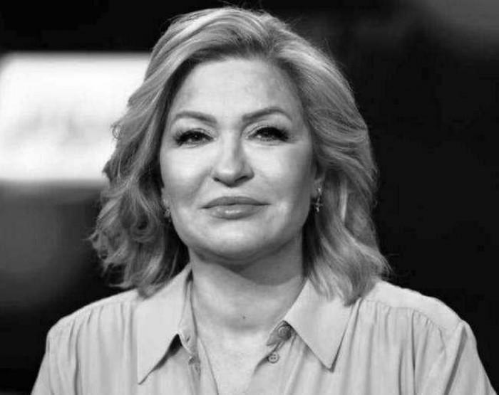 ورحل زهر البليسان.. وفاة الإعلامية نجوى قاسم