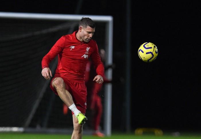إصابة لاعب ليفربول أثناء عمليات الإحماء