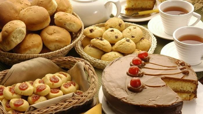 دراسة.. السكر والخبز يُسببان الأرق في الليل للنساء