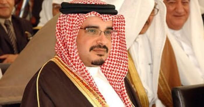 ولي العهد البحريني يبحث هاتفيا مع وزير الدفاع الأمريكي أمن المنطقة