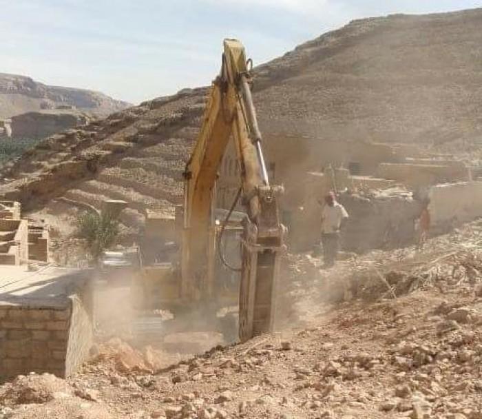 تدشين مشروع بناء خزانين للمياه في ساه (صور)