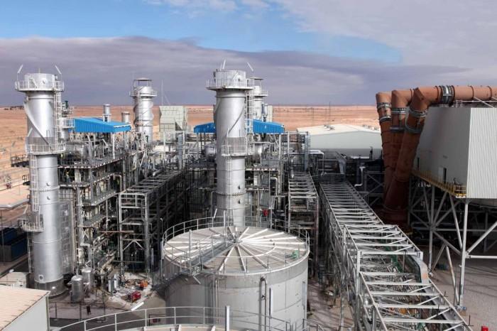 مملكة الإنسانية.. الكهرباء السعودية تُنير الظلمة اليمنية