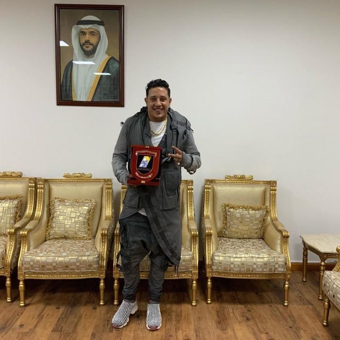 حمو بيكا يوجه الشكر لدولة الإمارات بعد تكريمه في الشارقة