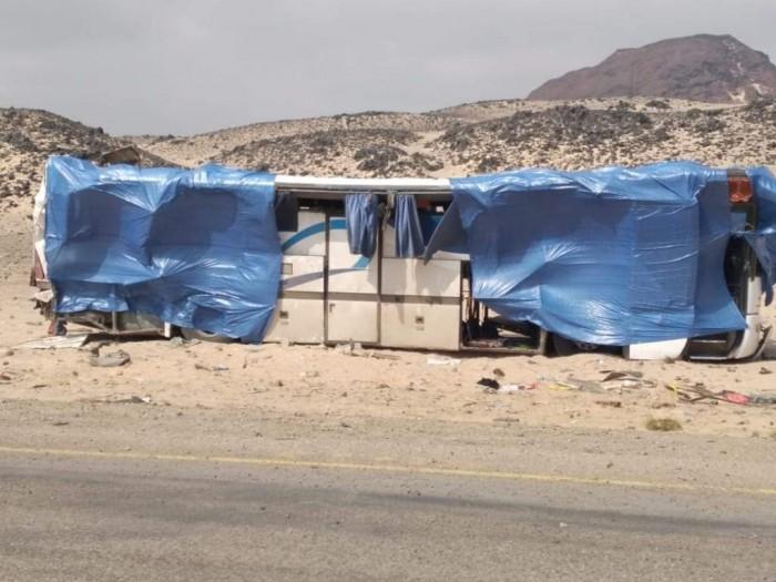 ارتفاع ضحايا حادث الباص ببئر علي إلى 21 قتيلاً ومصاباً