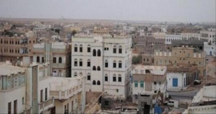 اشتباكات مسلحة بين مواطنين في سوق مدينة أمعين بمديرية لودر