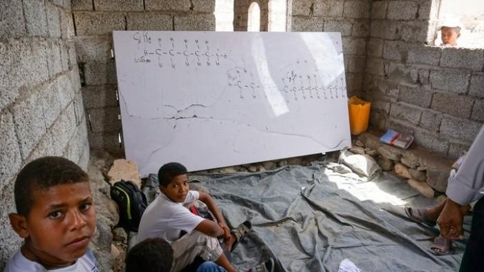 """""""الهجرة الدولية"""" : 1.8 مليون طالب فقط حصلوا على التعليم باليمن في 2019"""