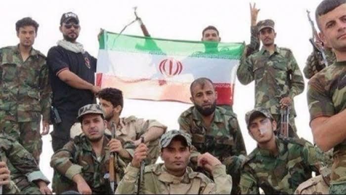 طائرات مجهولة تستهدف مستودعات ذخيرة للميليشيات الإيرانية قرب الحدود العراقية السورية