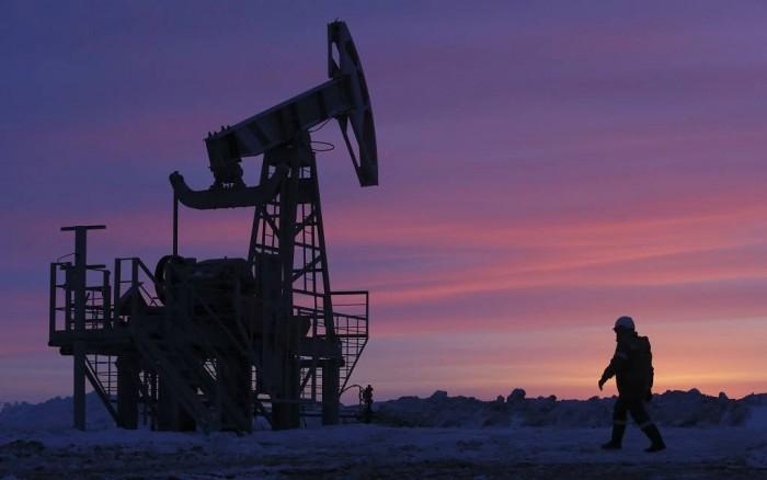 إغلاق 11 منصة تنقيب عن النفط في الولايات المتحدة